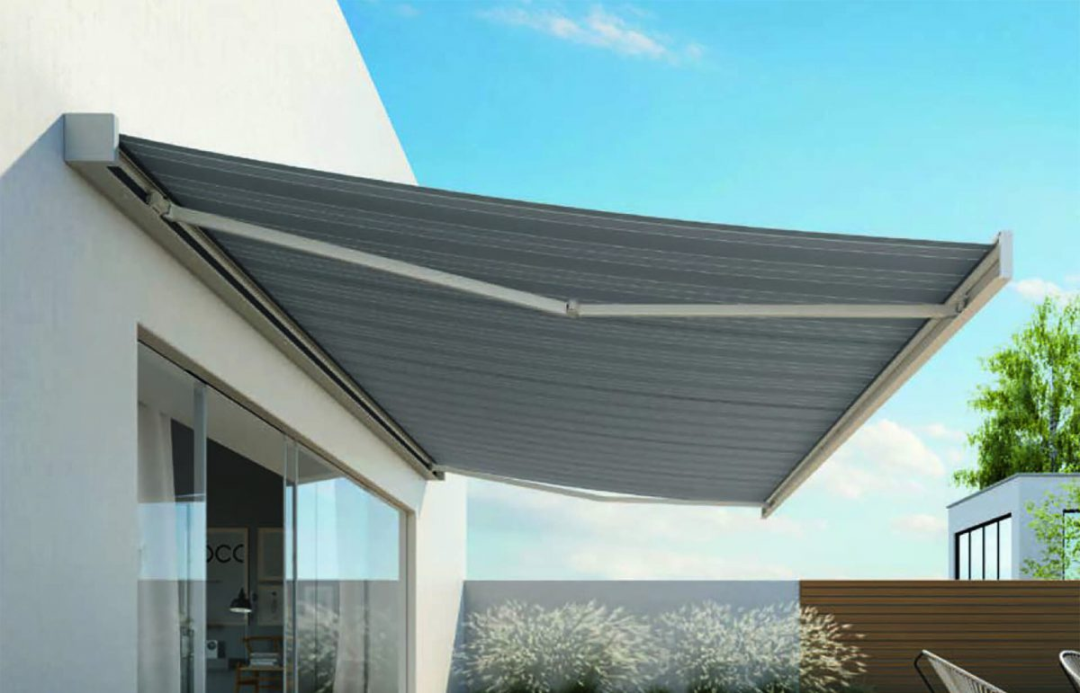 Horizons Group - Warwickshire - The Added Benfits of Retractable Awnings